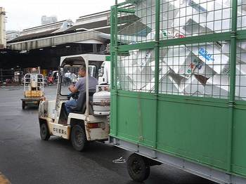 tsukiji-03小小.jpg